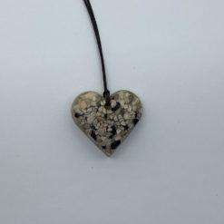 Em Keramik Herz Halskette dunkel